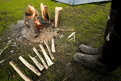 Camping_St Ives Farm_41 (jjay69) Tags: uk camping camp england holiday rural fire sussex countryside break outdoor weekend flames tent east campfire burn wellies eastsussex rubberboots campsite waterproof rockfish burningwood hartfield stivesfarm womaninwellies gettyvacation2010 welcomeuk