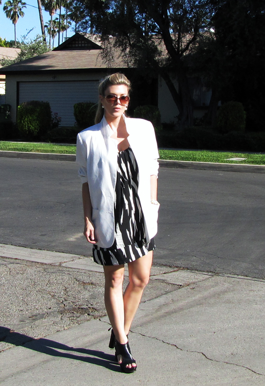 black and white tribal dress+white blazer-3