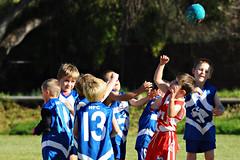 High Ball 02 (gimbertt) Tags: nikon australia rules nsw aussie footy aussierules afl brokenhill australianrules d90 gimbert gimbertt timgimbert sigma120400mmf4556dgoshsm