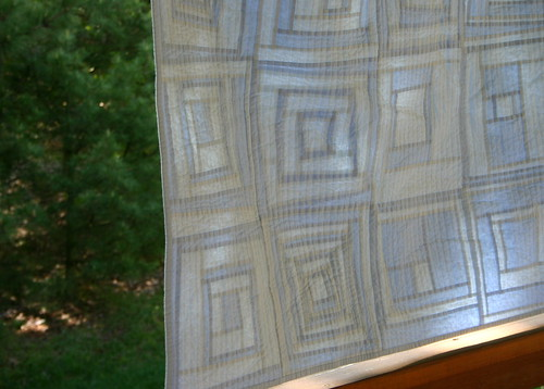 SNTM VQBee Quilt - Two Tone Baby Quilt