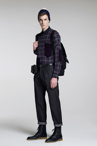 James Smith3055_FW10_London_B Store(GQ.com)