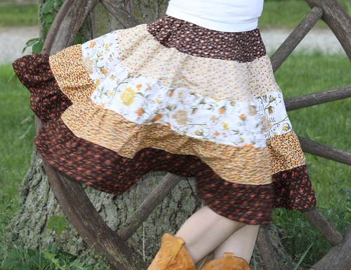 Do-Si-Do Square Dancing Skirt