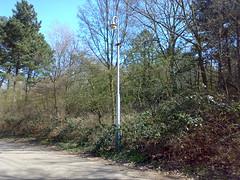 Oude Berlage-II mast met Philips TB200 armatuur (vervangen) (RaAr2010) Tags: scheveningen denhaag philips mast straatbeeld berlage lantaarnpaal paal straatmeubilair haags armatuur haagsstraatmeubilair