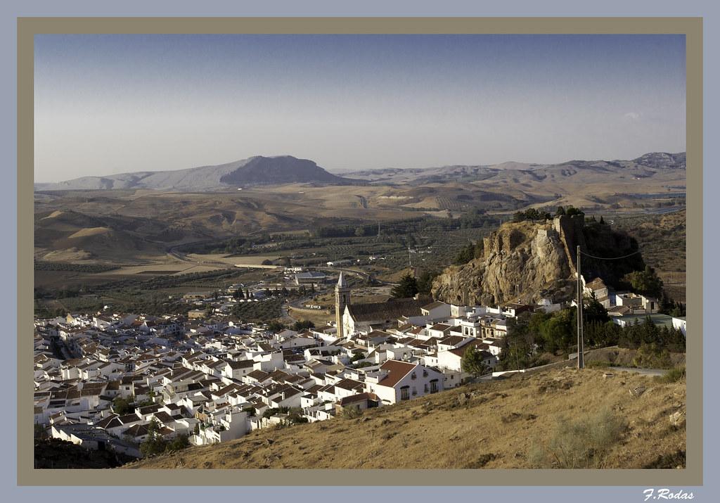 Vista general del Castillo de Ardales