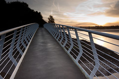 England - Cheshire - Widnes - Silver Jubilee Bridge - 28th October 2010 -34.jpg (Redstone Hill) Tags: england mersey widnes halton rivermersey silverjubileebridge runcornwidnesbridge