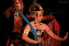 Ramayana Ballet on Java (Indonesia) (mikel.hendriks) Tags: portrait india indonesia java diy dance king culture sage legendary story lanka poet demon writer yogyakarta jogjakarta jalan hindu portret hinduism legend epic sita rama dans indonesi sanskrit cultuur ramayana verhaal ravana epos hindoe legende ramayanaballet djokjakarta openairtheatre javanesedance walmiki javaans canoneos50d dansvoorstelling purawisata brigjen hindoestaans  katamso sanskriet sigma50150mmf28apoexdciihsm kakawinramayana rmyaa sanskritlanguage artandculturalcenter yogesvararamayana ravanavadhamofbhatti bhattikavya heldendicht