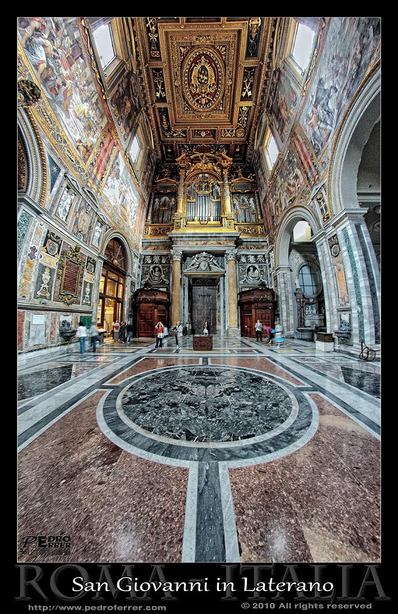 Roma - Archibasílica de San Juan de Letrán - Nave lateral