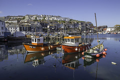 Mevagissey harbour (Christian Wilt) Tags: mevagissey england royaumeuni gb uk boat city town harbour fishboat cornwall cornouaiulles