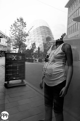 Between Belly and Blob (Frankhuizen Photography) Tags: between belly blob eindhoven netherlands 2017 street straat photography fotografie zwart wit zw bw black white mannequin paspop reflection reflectie monochrome