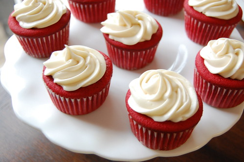 Image result for christmas red velvet cupcakes