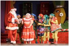 Pedido de Desculpas (Rosa Chedid) Tags: natal teatro papainoel cenrio roupas paranagu atores duendes espetculo mamenoel fbricadesonhosdopapainoel