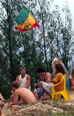 reggae (alvez) Tags: reveillon summer brazil sun sol praia beach brasil playa verano brazilian galera garopaba ferrugem brasileiro sul guarda calor guardadoembau verao