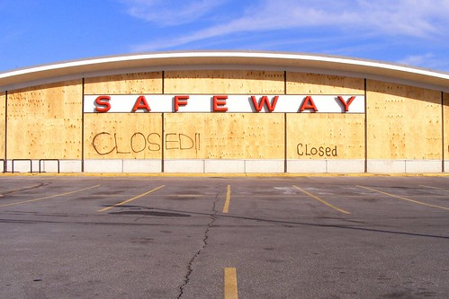 Wheaton Safeway Closed