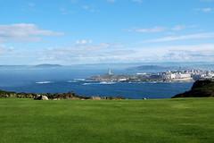 La Corua (Escondite Azul) Tags: verde azul mar nubes vistas olas lacorua torredehrcules ciello montesanpedro cespd