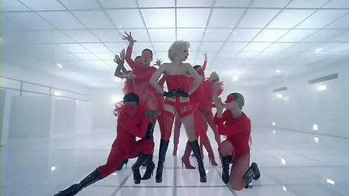 lady-gaga-bad-romance_red