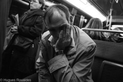 La fatigue.. (Hugues-Oc) Tags: life man black paris france closeup subway noir noiretblanc metro tube tired fr fatigue iledefrance blanc vie quotidien blackandwithe ligne1