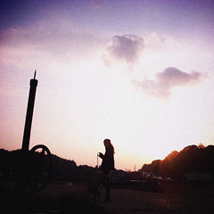 osampo now (shotam) Tags: sunset silhouette square evening snap wife osampo grdigital ricoh asuka magichour chie  grd asukavillage asukamura  grd2