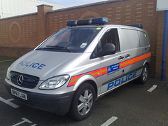 LONDON MET POLICE MERC (NW54 LONDON) Tags: bluelights vito metpolice arv policevehicles mercedesvito