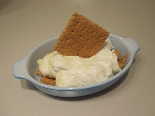 Top with lemon yogurt and another cracker