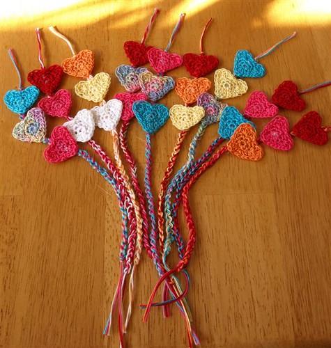 HEART BOOKMARK Crochet Pattern - Free Crochet Pattern Courtesy of