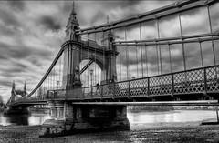 Hammersmith Bridge (FiveTimes5) Tags: bridge bw thames hammersmith dslra700 sal16105 sonyalphadslra700 silverefexpro
