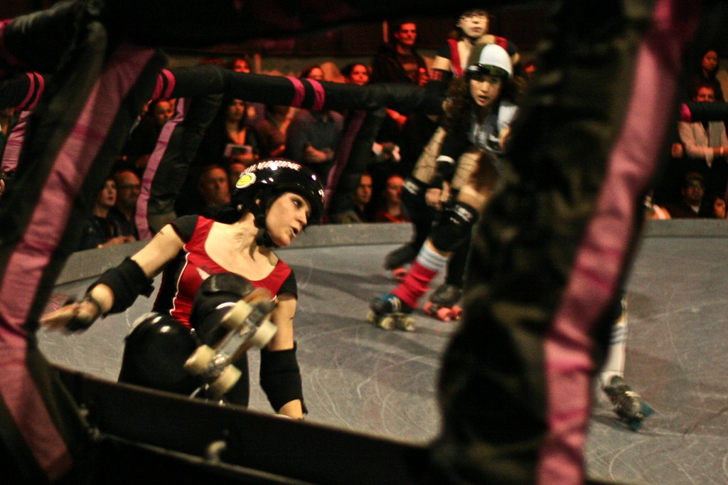 Cool indie punk rock action sports photography at Los Angeles Derby Dolls game