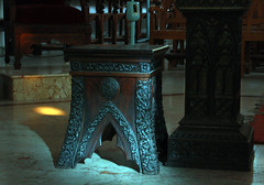 play of light (VinothChandar) Tags: light india church chair cathedral antique basilica madras shape chennai tamilnadu santhome mylapore santhomebasilica santhomechurch santhomecathedral