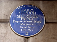 Photo of Harry Gordon Selfridge blue plaque