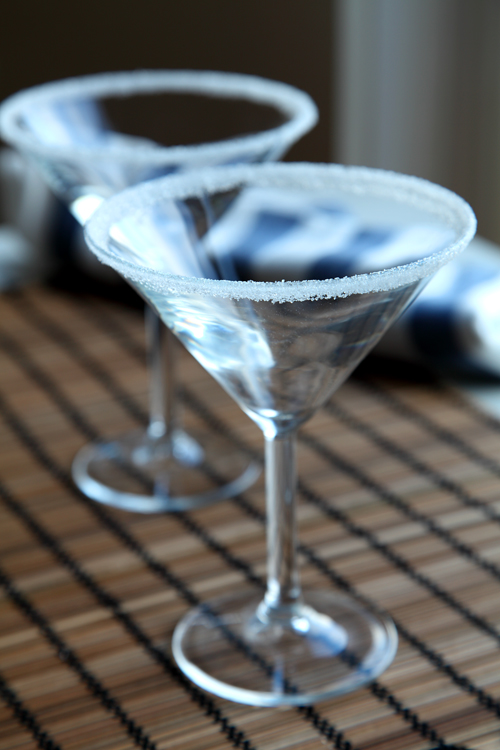 :: Frosting Cocktail Glasses In 3 Easy Steps!