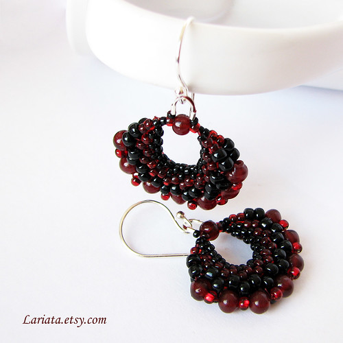 beadwoven garnet earrings