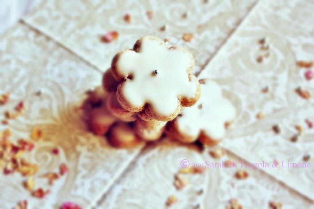 biscotti mandorla e acqua di rose