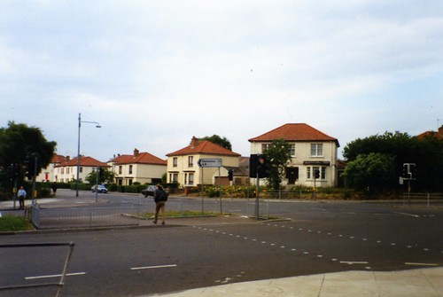 Carntyne Square, looking up Gartcraig Road 1994