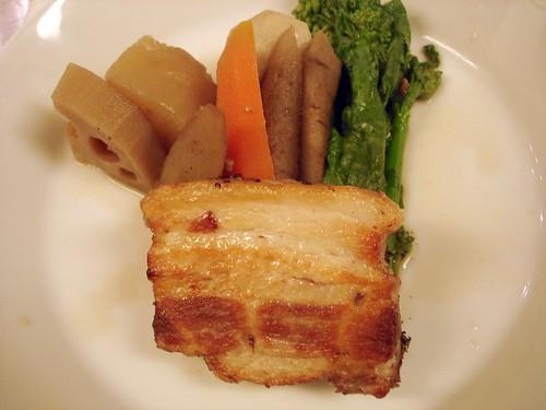 豚バラ肉のブレゼ、根野菜と