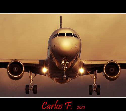 VLG A320-216 EC-KFI (by Carlos F1)