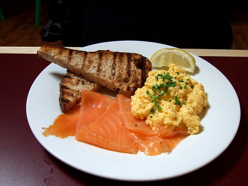 Draft House scrambled eggs