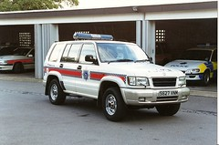 HERTS POLICE VAUXHALL (NW54 LONDON) Tags: police 999 policecars emergencyvehicle hertfordshirepolice vauxhallmonterey