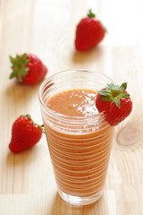 Smoothie fraise mangue