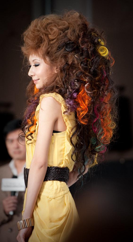 【髮型秀】萊雅的旅型日誌