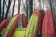 leaning (Evgeny Chulyuskin) Tags: colors digital canon eos peeling paint catamaran 5d leaning decayed canoneos5d
