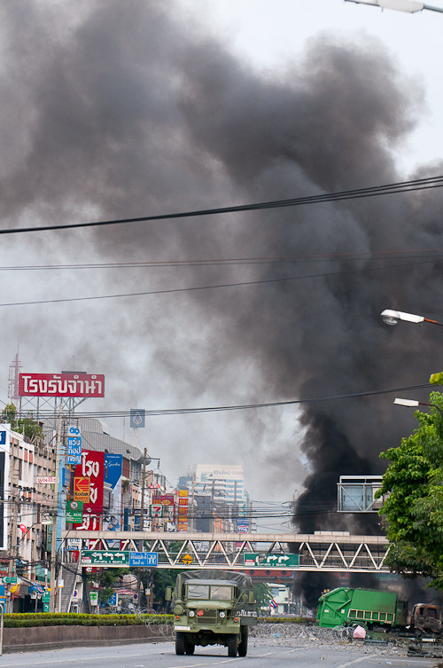 Damage and burning along Rama IV, Bangkok