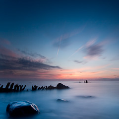 2 Minutes on the beach (izzy's-photos) Tags: longexposure sunset beach llanrhystud idream mywinners elitephotography flickraward artistictreasurechest magicunicornverybest magicunicornmasterpiece