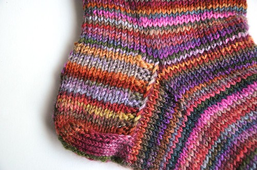 FCK MB S-S-2010-purple and red colorway - half of fiber-sock 1-4