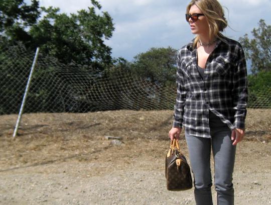 plaid+flannel+gray jeans+michael kors boots-2