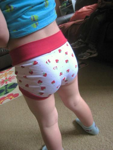 strawberry waist