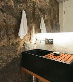 banheiros com pedras