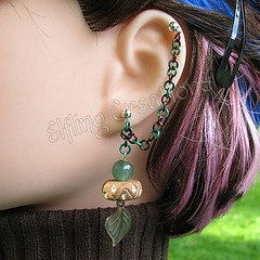 Green and Brown Leaf Cartilage Chain Earring - Wood Elf