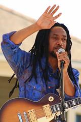 Festival International de Louisiane (Stacey Warnke Photography) Tags: portrait music louisiana lafayette guitar taj weekes festivalinternationaldelouisiane tajweekesandadowa
