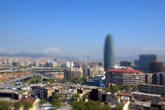 Miniature Barcelona (Paul fotografeert!) Tags: barcelona city urban building miniature spain flats espagne ville spanien tiltshift miniatuurwereld