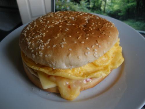 Egg & cheese burger (a.k.a. no-burger)