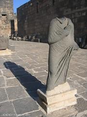 Syria / تمثال في المسرح الروماني في بصرى